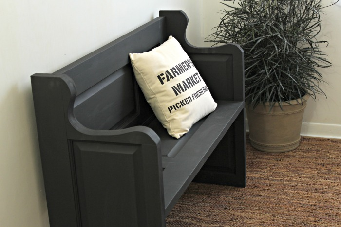 Make a Farmhouse Bench from Repurposed Door! See how we did it at Knick of Time | www.knickoftime.net #KnickofTime #farmhousestyle #bench #repurposed #door