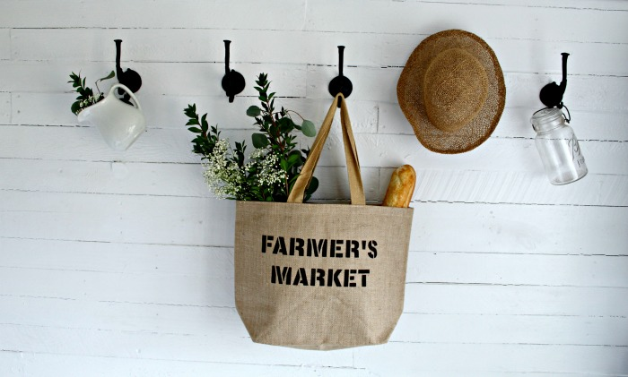 How to stencil on burlap to make a reusable grocery shopping tote bag with Knick of Time's Vintage Sign Stencils #knickoftime #vintagesignstencils # burlap #DIY