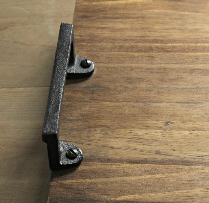 Make a Bathtub Tray Table! It's so easy! | #knickoftime #farmhouse #bathroom #diyproject | www.knickoftime.net