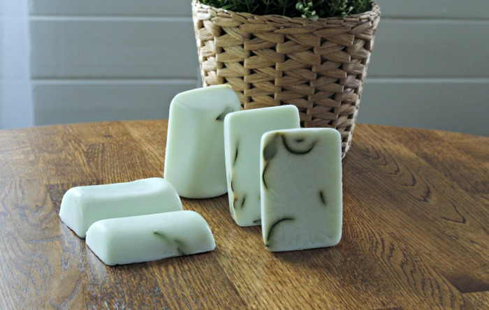 Make some Natural Garden Fresh Rosemary Eucalyptus Goats Milk Soap!  www.knickoftime.net #hanmade #soap garden #giftideas #organic #Knickof Time #farmhousestyle