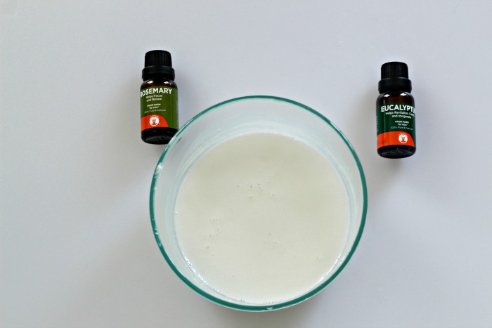 Make some Natural Garden Fresh Rosemary Eucalyptus Goats Milk Soap! |www.knickoftime.net #hanmade #soap garden #giftideas #organic #Knickof Time #farmhousestyle