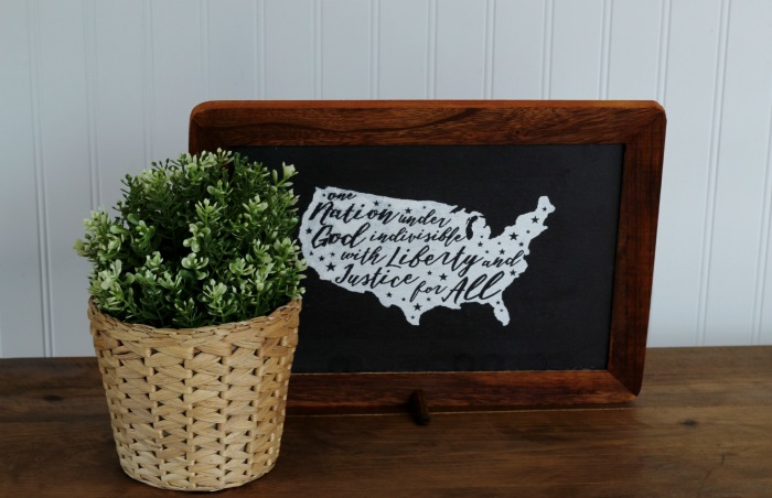 DIY Rustic Farmhouse Patriotic USA Shape Home Decor with Chalk Couture | ww.knickoftime.net