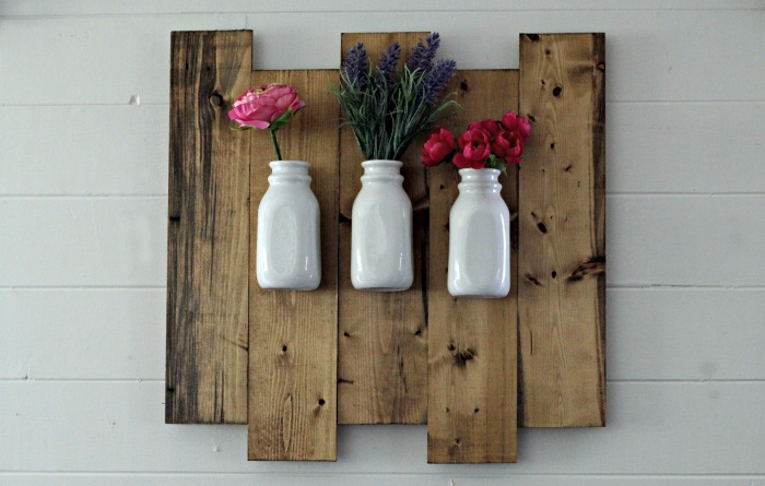 Joanna Gaines Style Farmhouse Rustic Wood Farmhouse Hanging Milk Bottle Flower Vase | www.knickoftime.net