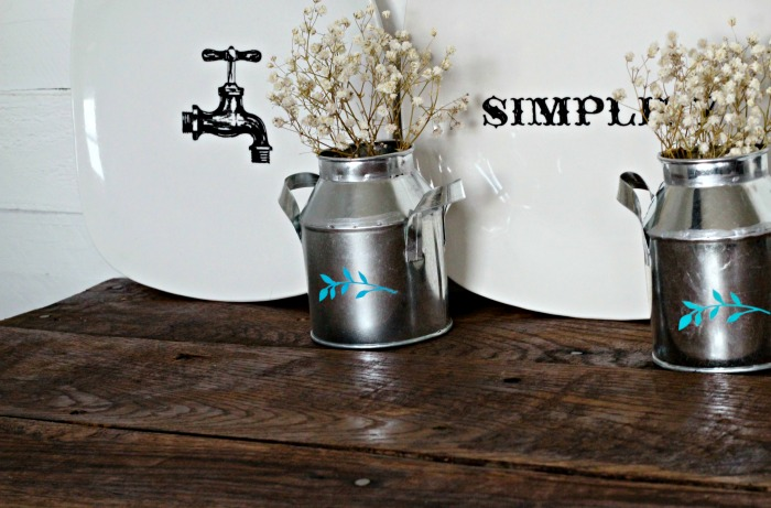 Chalk Couture DIY Galvanized Farmhouse Decor Mini Milk Can by Knick of Time | knickoftime.net