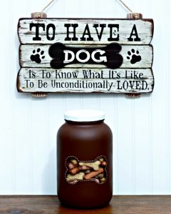 Dog Bone DIY Treats Storage Jar by Knick of Time | knickoftime.net