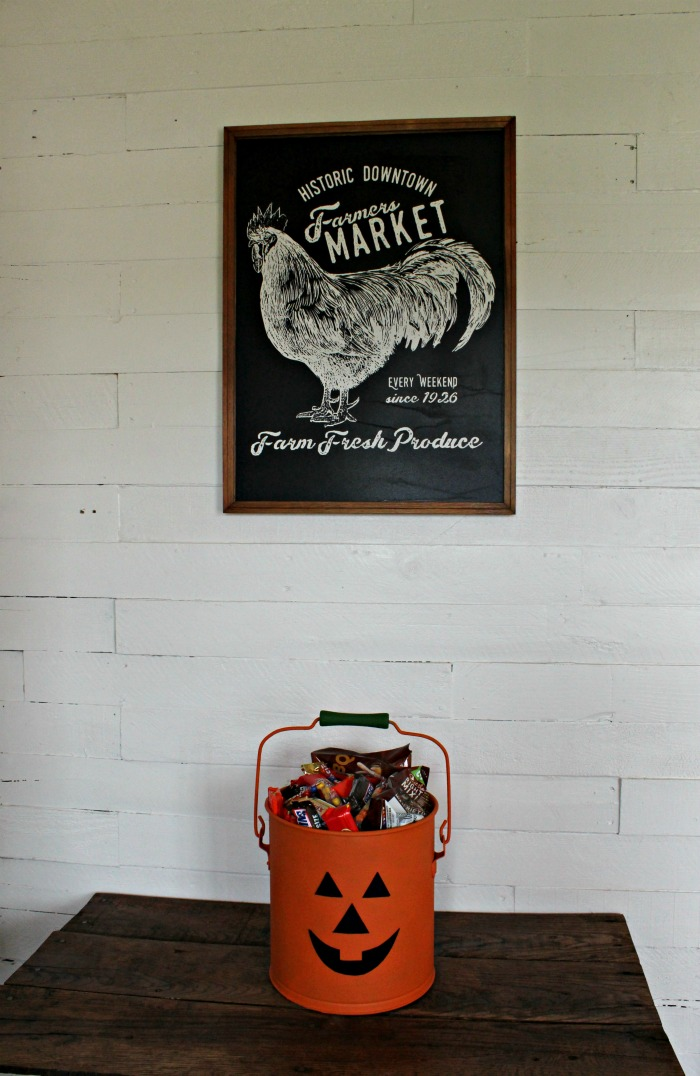 Painted Jack O' Lantern Halloween Treat Bucket from an Old Rusty Bucket by Knick of Time |knickoftime.net