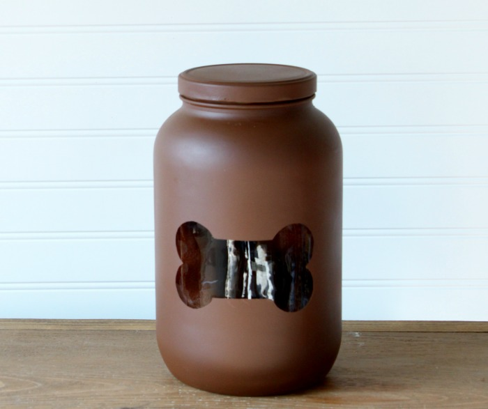 Dog Bone DIY Treats Storage Jar | knickoftime.net