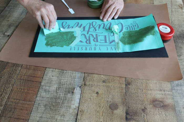 Make a Merry Little Christmas Chalkboard Sign tutorial at Knick of Time | knickoftime.net