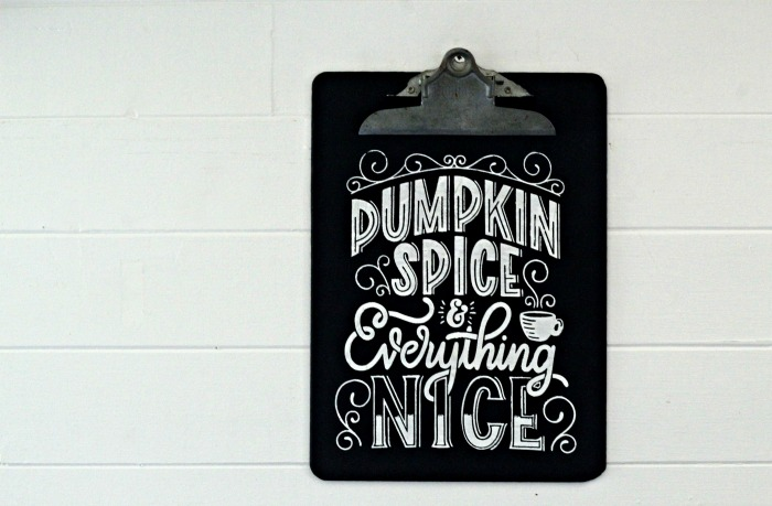 Fall DIY Chalkboard Clipboard with Chalk Couture Pumpkin Spice Transfer | knickoftime.net