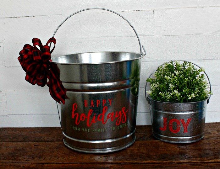 Galvanized Christmas DIY Gift Basket Buckets and Tins to make! | knickoftime.net