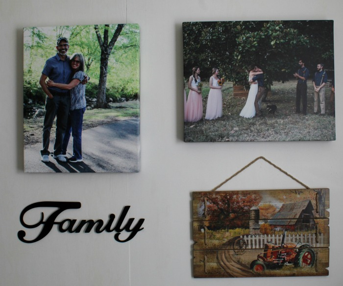 Inexpensive Photo Gallery Wall at Knick of Time   knickoftime.net