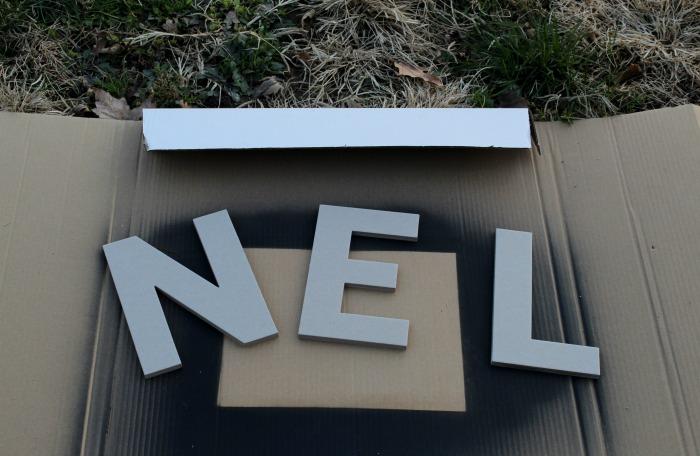 chipboard letters for Noel sign | knickoftime.net