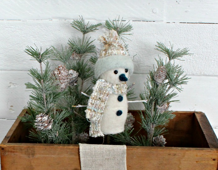 Let It Snow Snowman Crate & Sign by Knick of Time | knickoftime.net