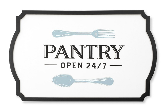 Pantry's Open Chalk Couture