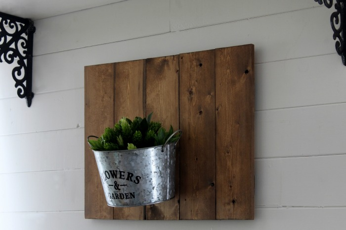 Learn how to make Rustic Farmhouse Indoor Planters Using Pallet Signs and Dollar Tree Items by Knick of Time | knickoftime.net