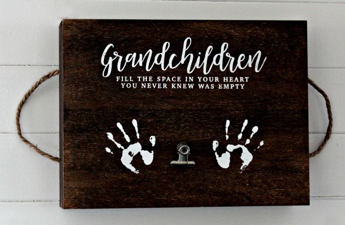 Chalk Couture Grandchildren transfer on Rustic Wood Box Tray with rope handles by Knick of Time | knickoftime.net