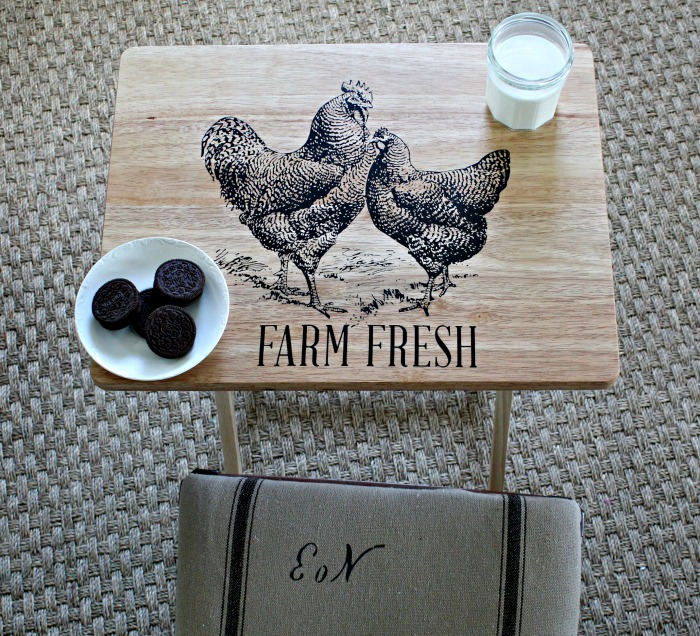 TV Tray Table Makeover with the Chalk Couture Chickens transfer by Knick of Time / knick of time.net