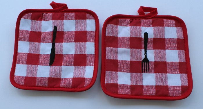 Dollar Tree Potholders with Chalk Couture Bon Appetit knife and fork