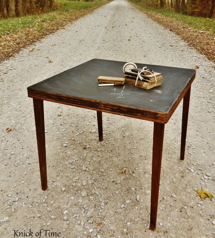 DIY Chalkboard Folding Table
