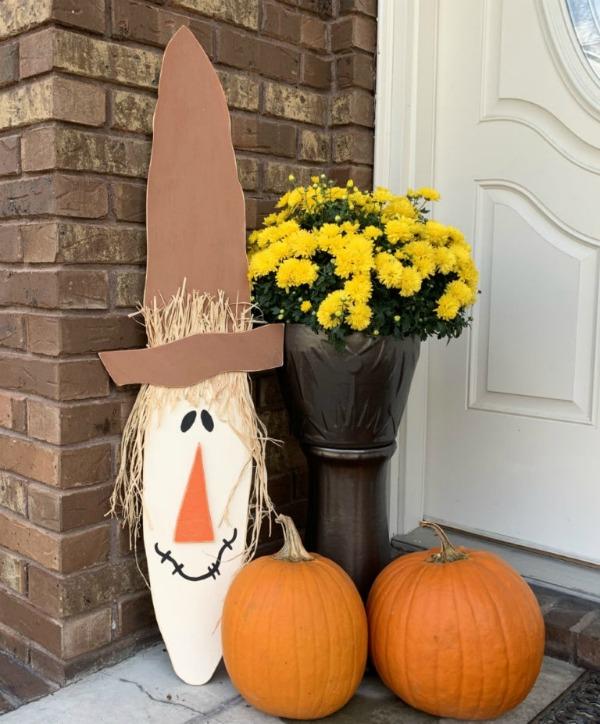Easy DIY Fall Wood Scarecrow