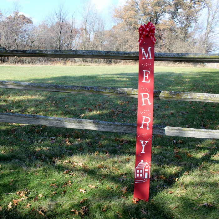Fence Picket Red Christmas Porch Sign