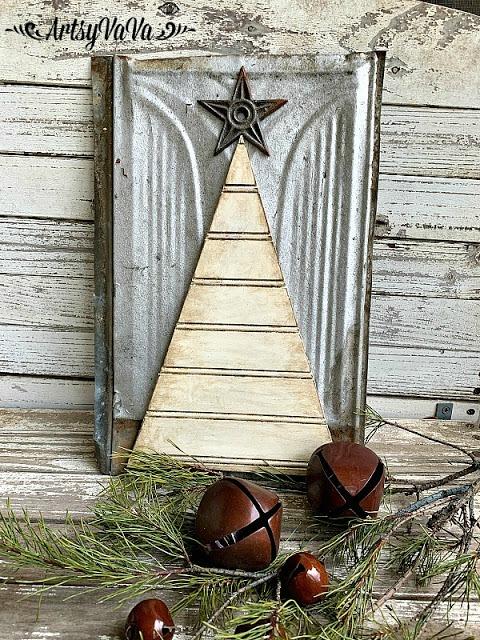 Beadboard Christmas Tree