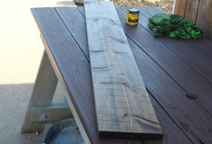 Making a vertical porch sign